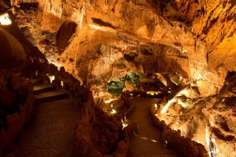 Natural Wonder - Mira de Aire caves